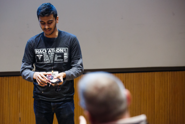 Manish Balakrishnan of the Stevens Institute demoes his innovation at the third annual NYC Health Hackathon, held Feb. 8-10 at Weill Cornell Medicine. All photos: Ashley Jones